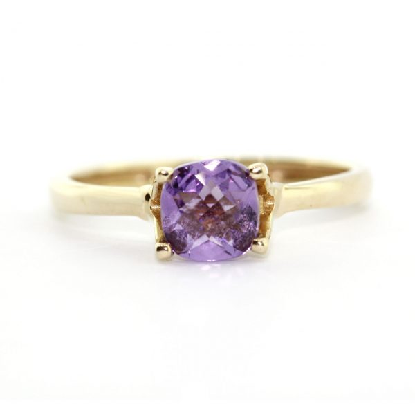 Gold ring-Le Vount Jewelry W00013
