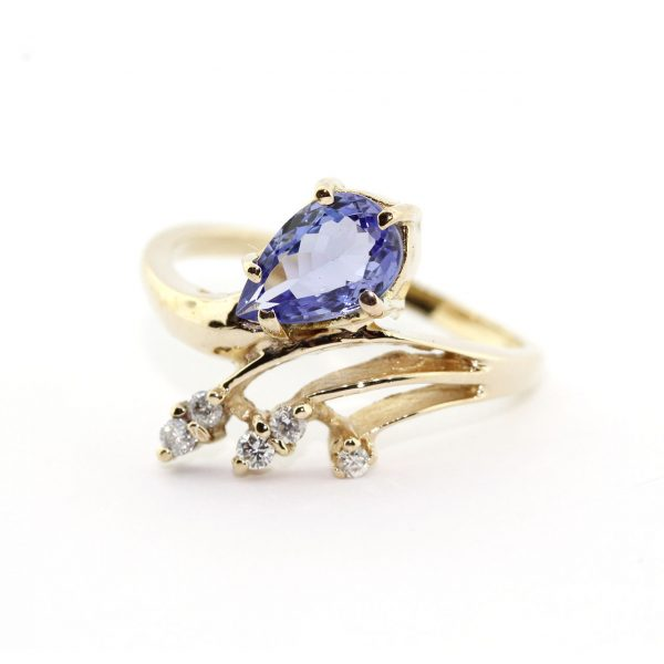 Tanzanite Gold Ring