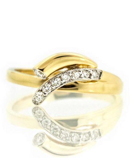 Diamond gold ring 0O001A2319_01