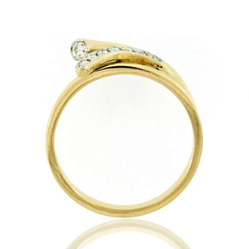 Diamond gold ring 0O001A2319_03
