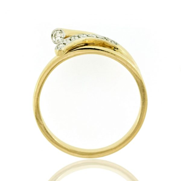 Diamond gold ring 0O001A2319_03