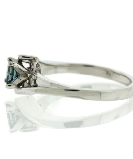 Diamond gold ring GO001A7184_01