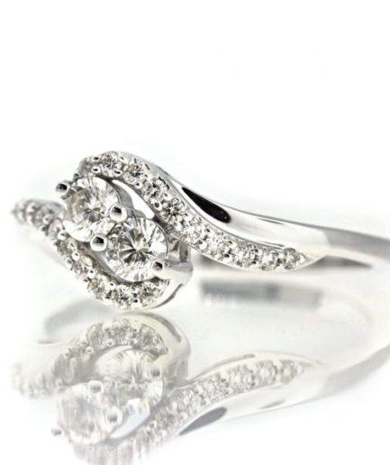 Diamond gold ring JO001A8649_02