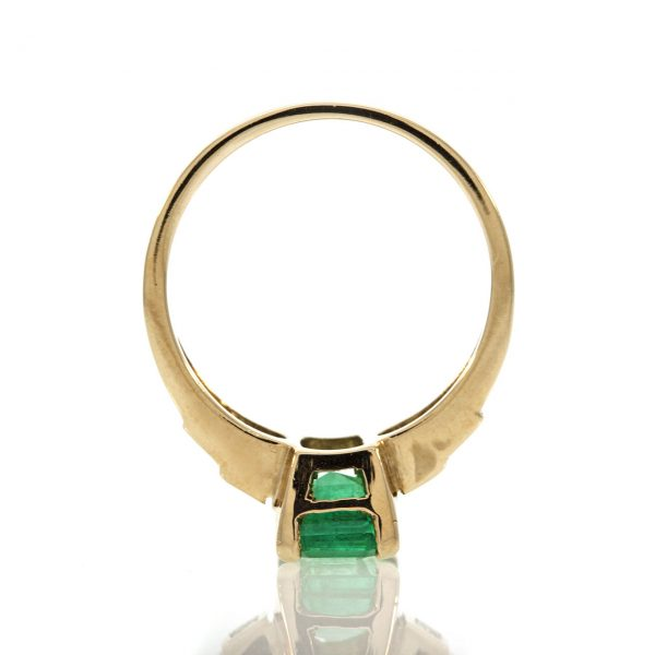 Emerald gold ring 0O001A6934_04