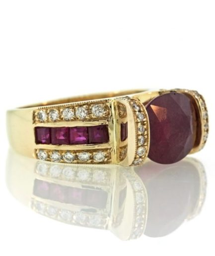 Ruby gold ring 0O001A33949_01