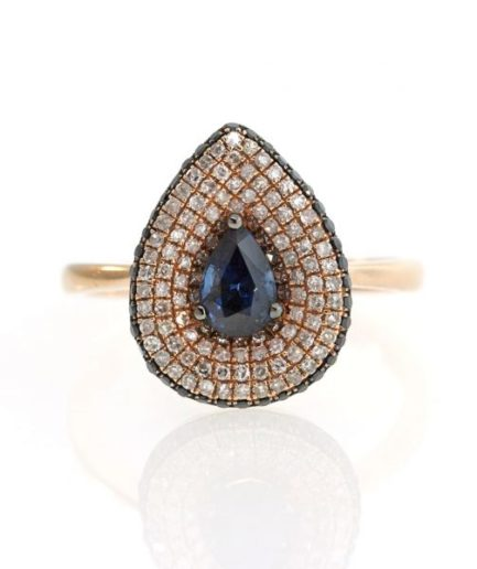 Sapphire gold ring UO001A4649_01