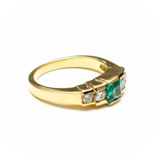 14K GOLD EARRINGS WITH EMERALD AND DIAMOND(S)
