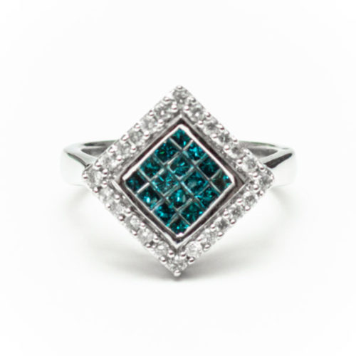 14K WHITE GOLD RING WITH BLUE DIA WHITE DIA DIAMOND