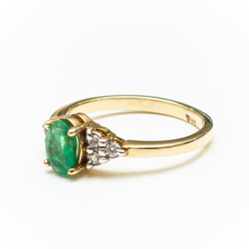 EMERALD 14K YELLOW GOLD RING WITH WHITE DIAMOND